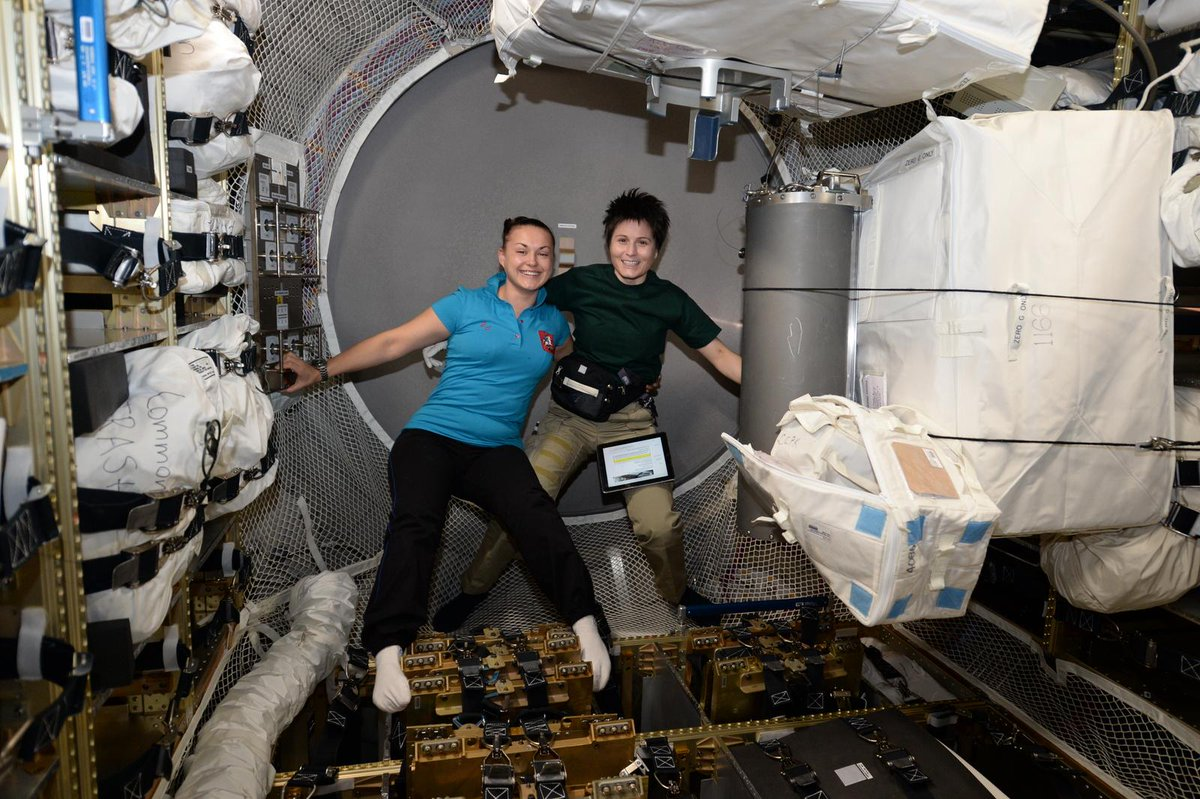 Go to space #LikeAGirl. Two women are currently living and working #OffTheEarthForTheEarth aboard our @Space_Station. http://t.co/Vm87XWH60e