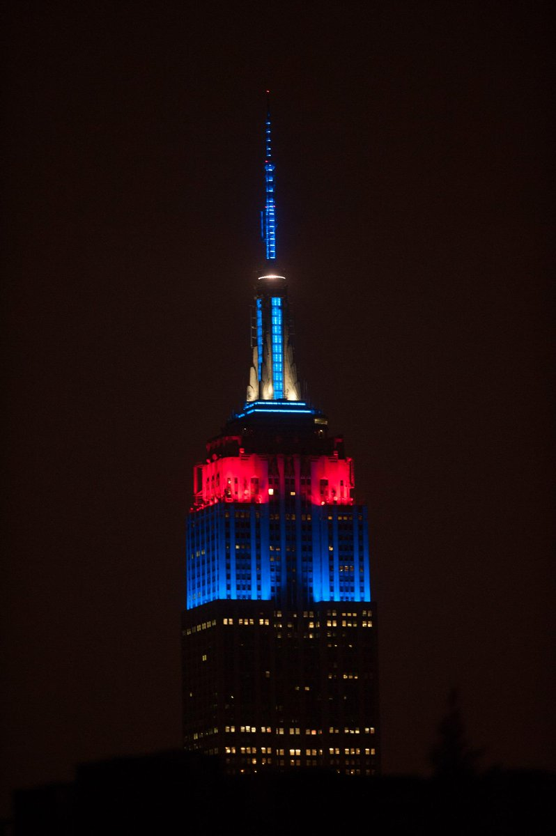 Congrats to the @Patriots on their #SuperBowl victory! We're glowing in their colors to celebrate. #PatriotsWin http://t.co/sIqaofaCVN