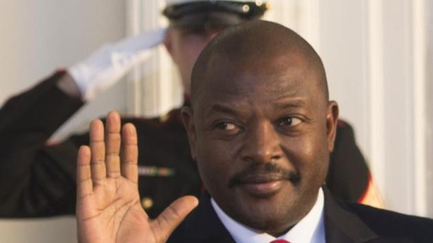 Burundi president will run for 3rd term in June, govt warns protesters to stay off the streets http://t.co/zNDrsavFI4 http://t.co/1yHnxXvoLF