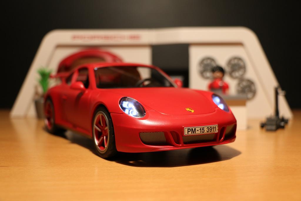 on twitter es werde licht playmobil porsche 911 carrera s im test. Black Bedroom Furniture Sets. Home Design Ideas