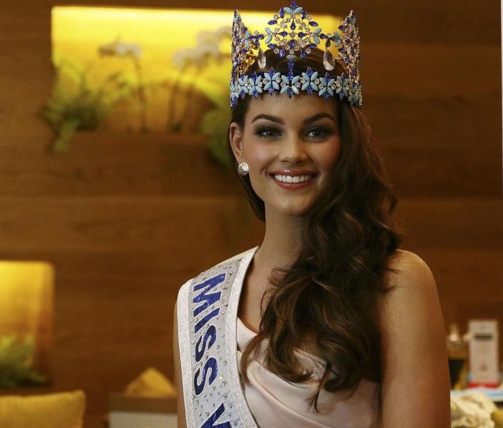 The Official Thread of Miss World 2014 ® Rolene Strauss- South Africa - Page 7 B9-WqZXIYAE_jgx