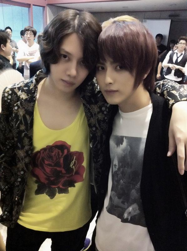 Heechul and Heechul http://t.co/SBQD519CGC