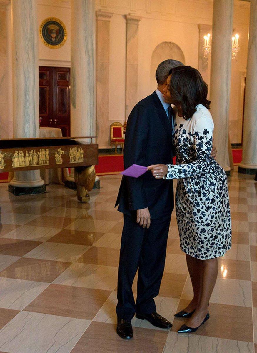 Michelle Obama Sends Valentine's Day Message to Barack on Twitter