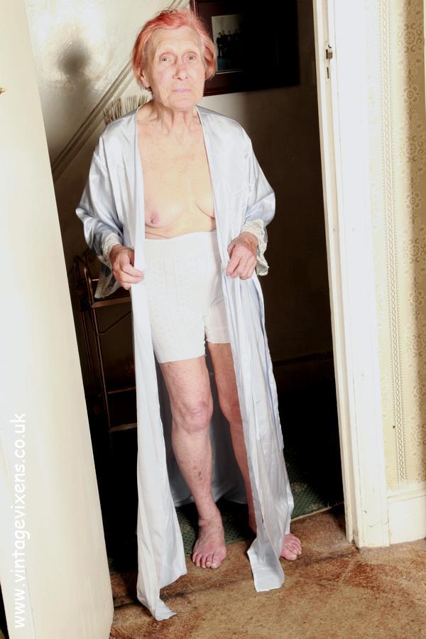 Granny Fucker 76