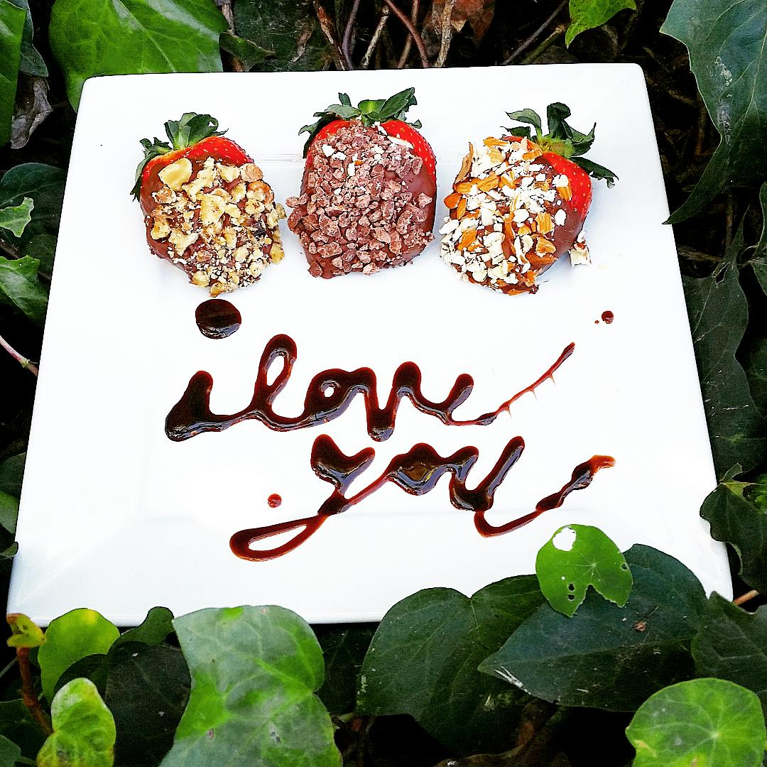 Happy Valentines from the Gluten Fighters. #glutenfighters #love #berries #saturday #valentinesday #valentines http://t.co/ZszKcfmCiG