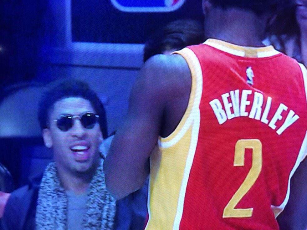 Anthony Davis tryna be apart of the 3 blind mice so bad