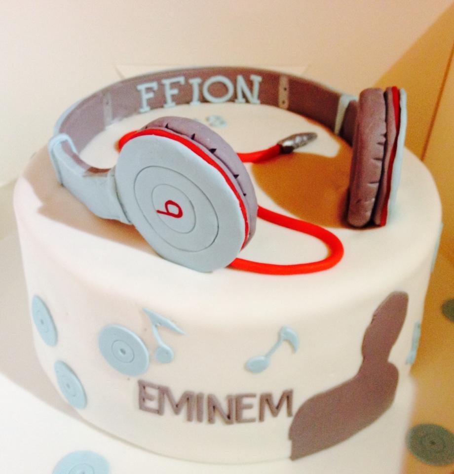 Pleasant Morden Cake Company On Twitter Dre Beats Headphones Cake Funny Birthday Cards Online Bapapcheapnameinfo