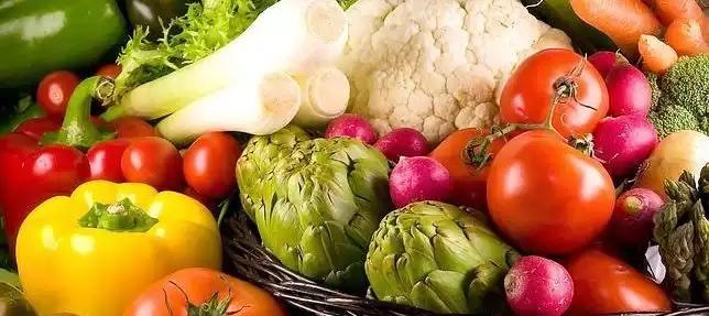 Dieta mediterranea: non solo per longevità, benessere, minore incidenza di cancro e malattie cardiovascolari