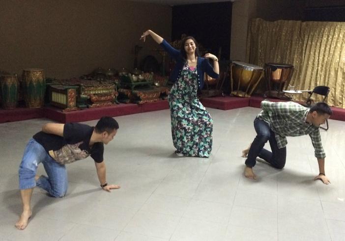 Semangat latihan menari (Foto : @TeaterAbnon )