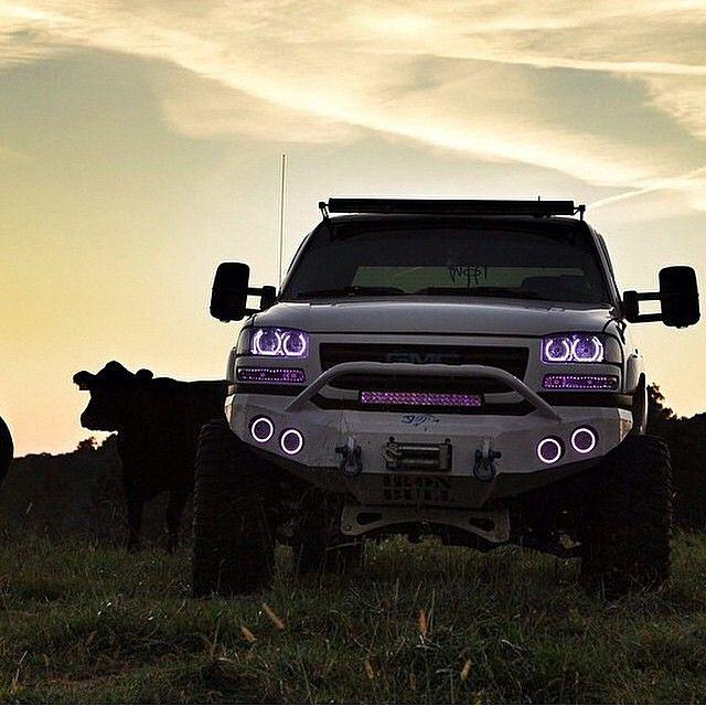 Rolling Coal On Twitter They Eyes On That Duramax Chevy