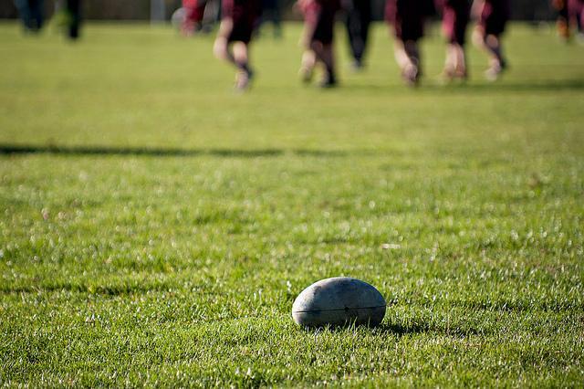 Un ragazzino di 12 anni è morto per un malore durante una partita di rugby under 14 a Macerata