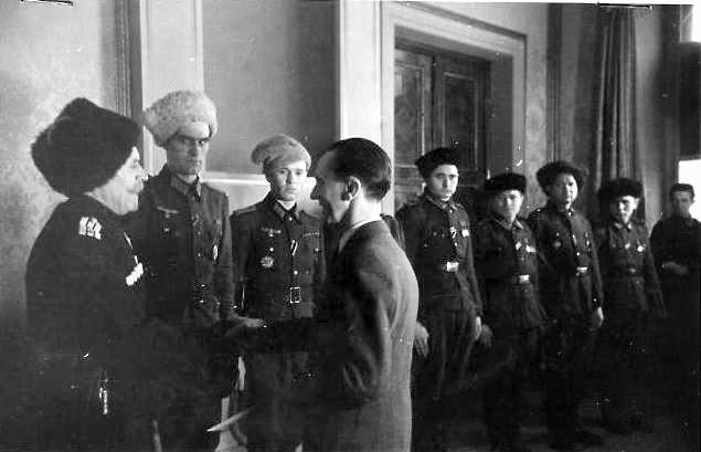 Штайнмайер предостерег Россию, Францию и Великобританию от военного вмешательства в Сирии - Цензор.НЕТ 9913