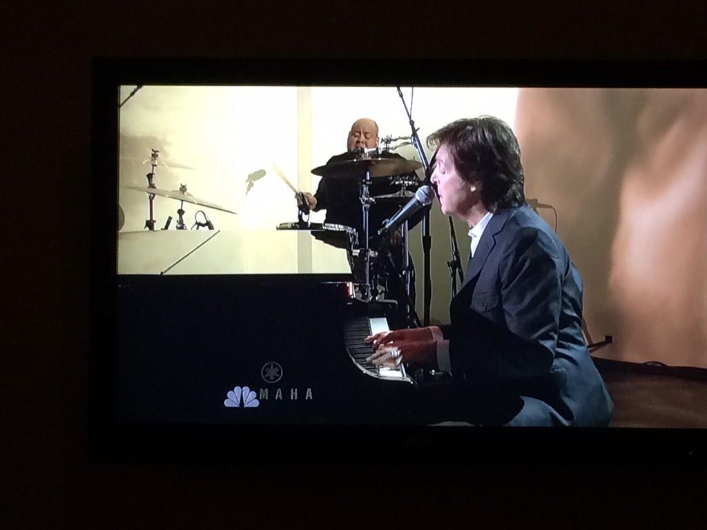 Love Sir Paul McCartney!! #SNL40 http://t.co/s9AalOZNRh