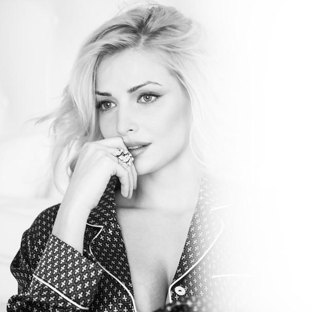 Tatyana Tatiana-kotova twitter @Kottova