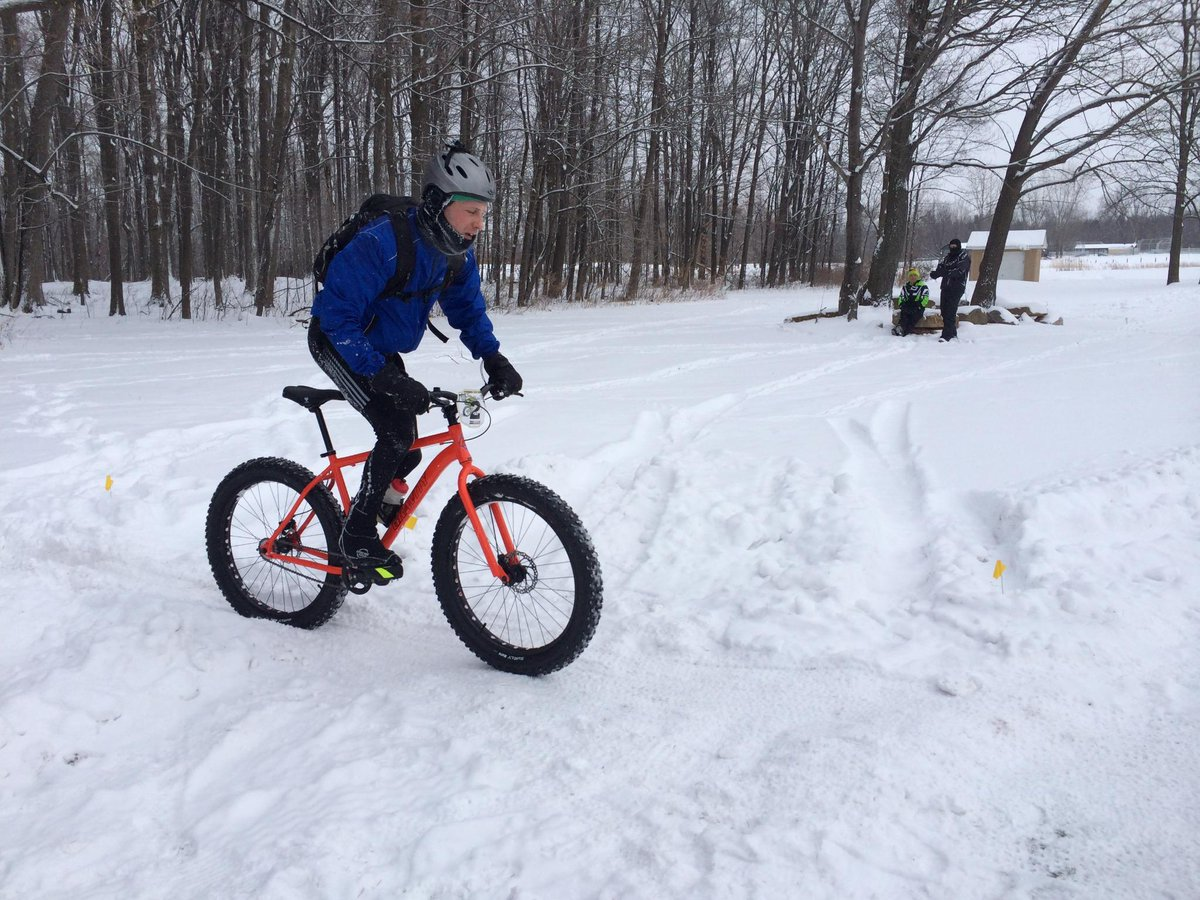 VIDEO on fat biking in #ROC. I've got a #fatbike story coming up on Sunday! http://t.co/idFAdb6qNy #cycling @DandC http://t.co/d3C87ZNwel