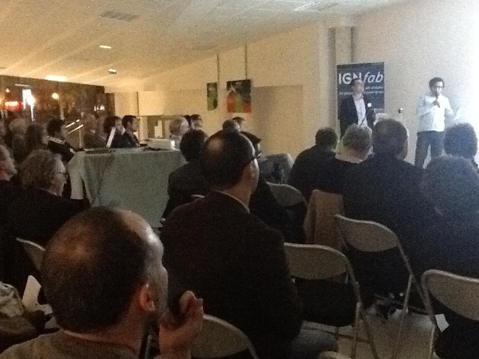 #ApéroAFIGEO #IGNFab La société DSIea présente :projet GEO-CAL portant sur le recalage de fonds de plan et de réseaux http://t.co/aGQ0YptxEa
