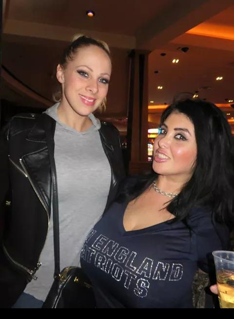 Tw Pornstars - Avn, Vegas Videos And Pics-3197