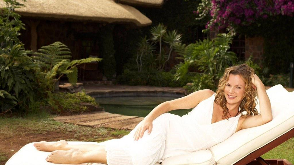 amanda holden wallpaper palm - photo #22