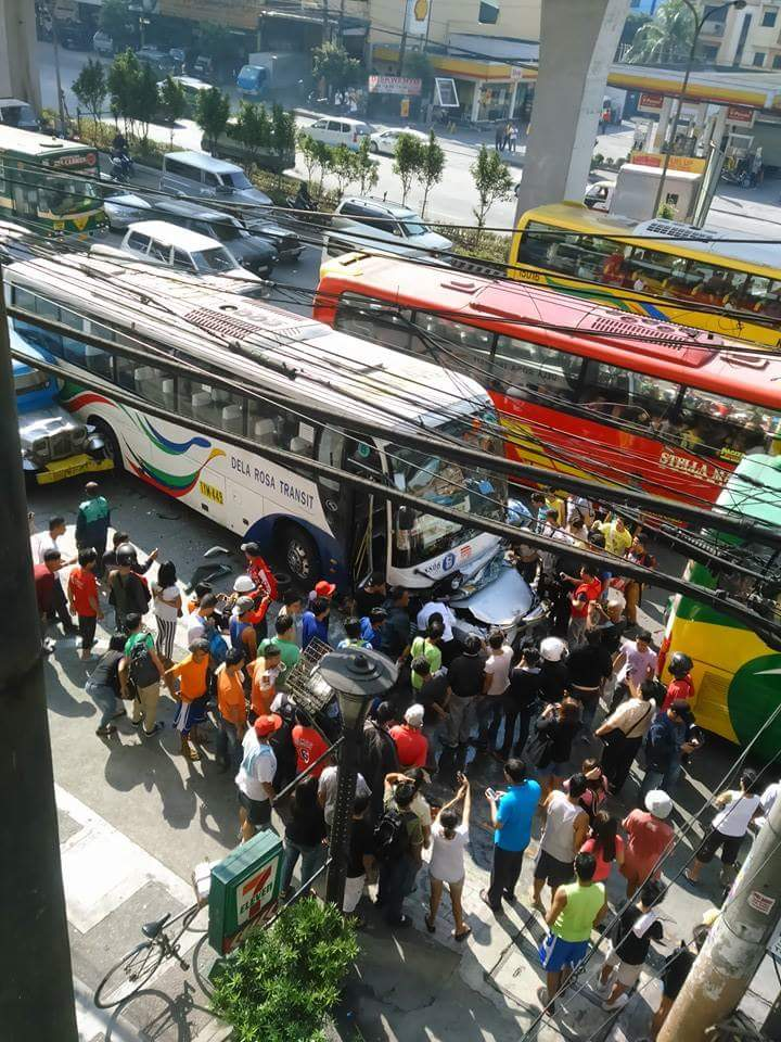Vehicles figure in a smashup along Edsa LTFRB suspends bus company