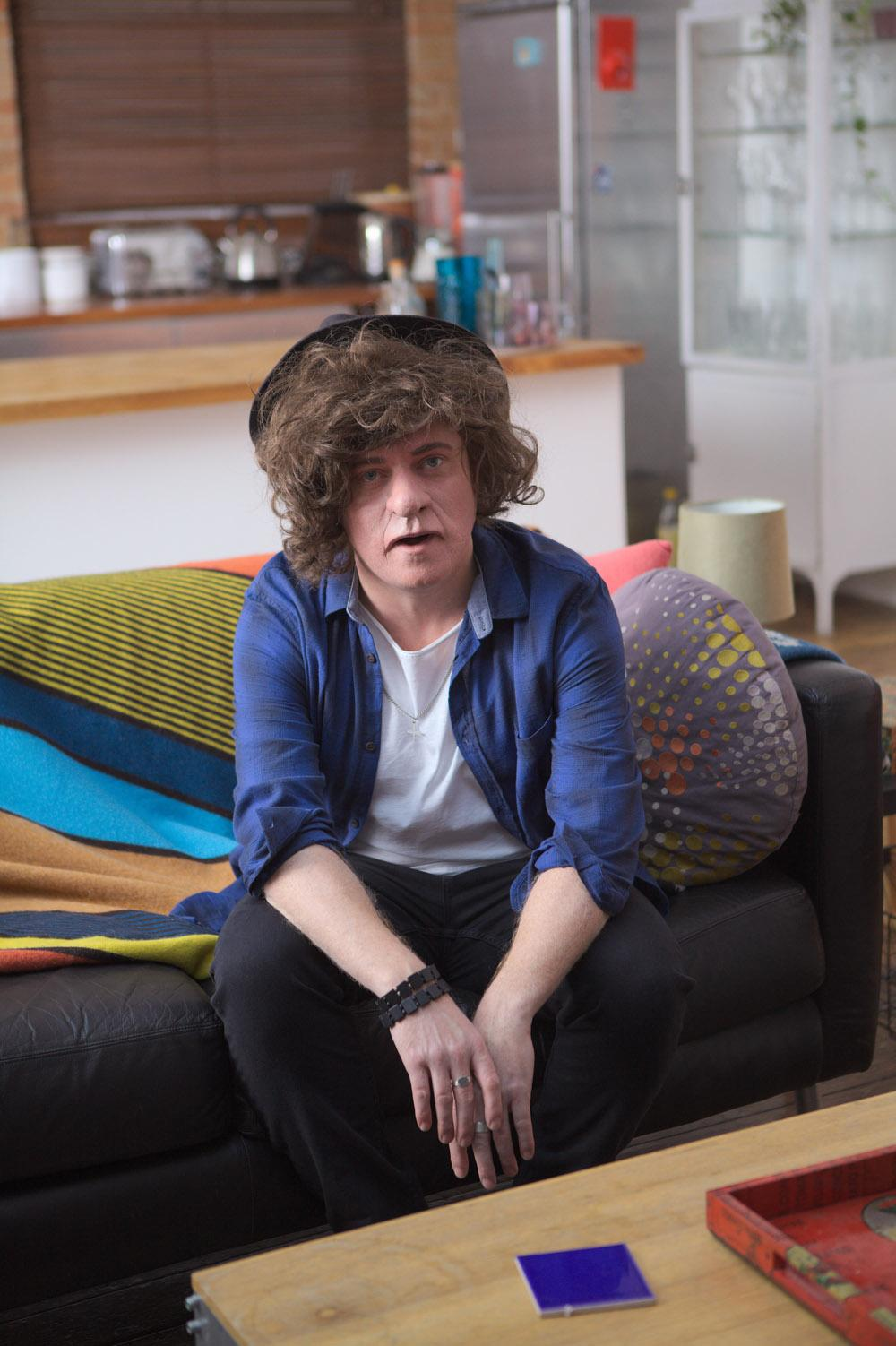 RT @heatworld: He's back on @itv2 & naughtier than ever. Look what @lemontwittor has done to @harrystyles... http://t.co/D1ZKYSMsFQ http://…