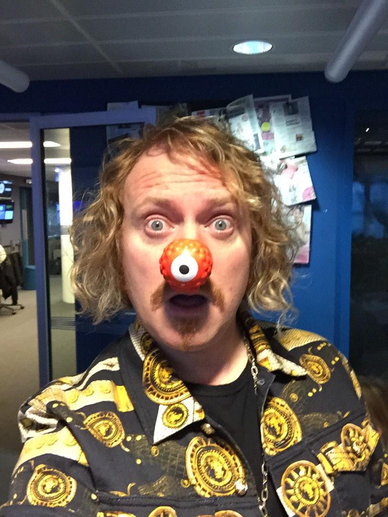 Make your face funny for money @rednoseday  #RNDface #RND15 http://t.co/hyP90fpmoN