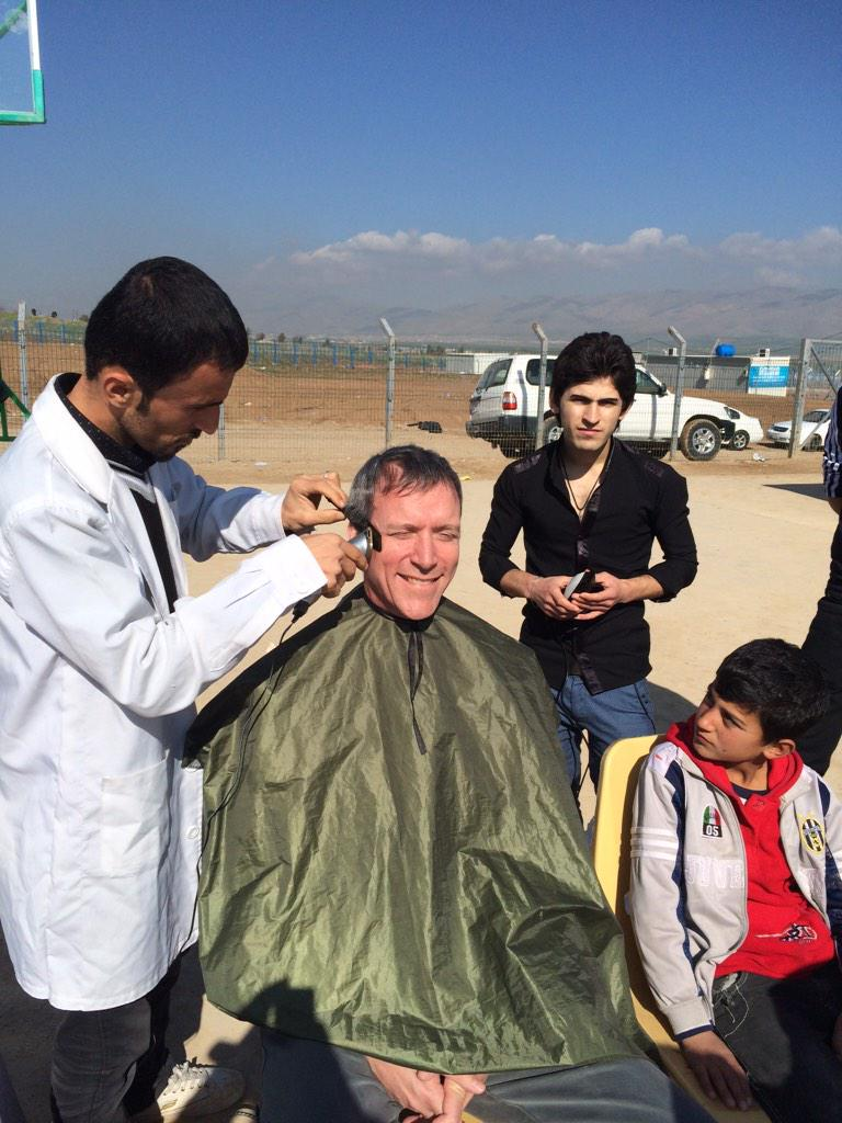 .@theIRC's new dir public affairs gets free cut courtesy of local barbers who cut #SyrianRefugees kids hair free http://t.co/O85HtRhwuD