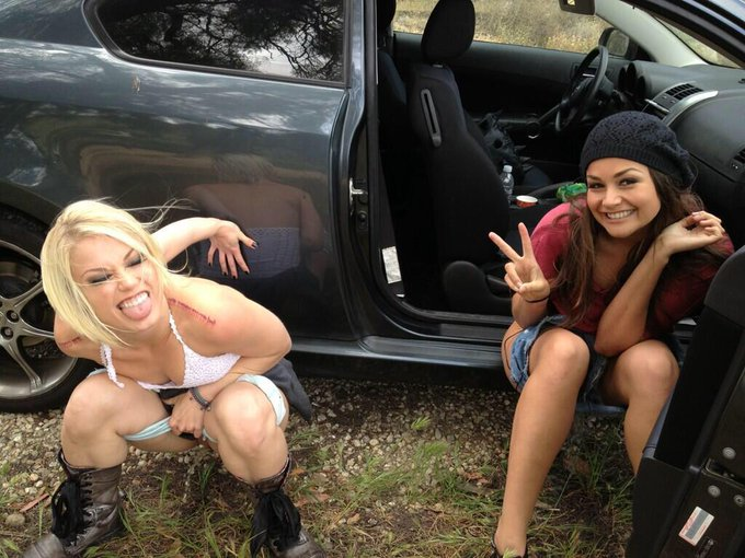 Here is my #tbt LOL. Me and @AshHollywood needed to take a roadside pee while working 4 @danavespoli