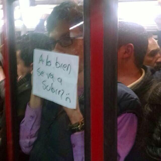 El metro de Bogota (es tan rapido que no se ve)