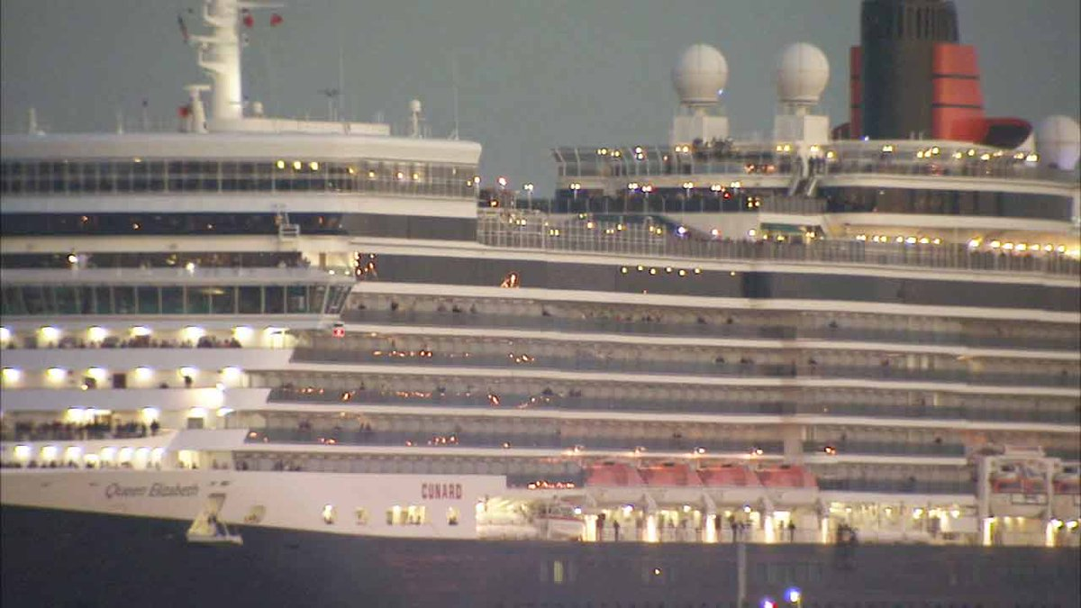 Queen Mary Celebrates 80th Birthday Has Royal Rendezvous In Long Beach W Elizabeth