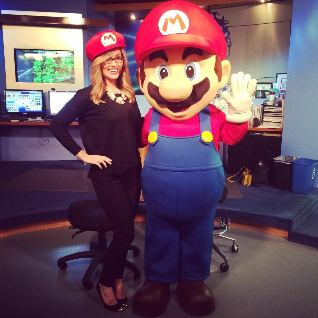 LOOK who's at #q13fox this morning! The kid in me is going CRAZY. @NintendoAmerica #MARIO #OMGGG #YAAAASSS http://t.co/mfmolO40iP