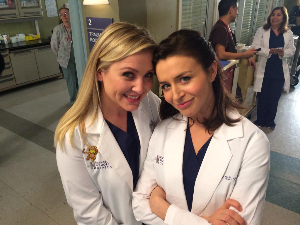 #TGIT. We've got doctors. We've got laughs. We've got tears. ...See you tonight. http://t.co/Nx4x77kcIb