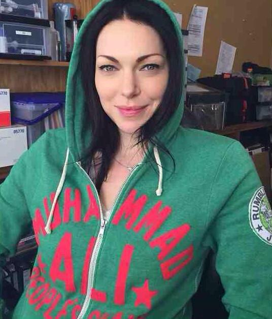 Laura prepon gay
