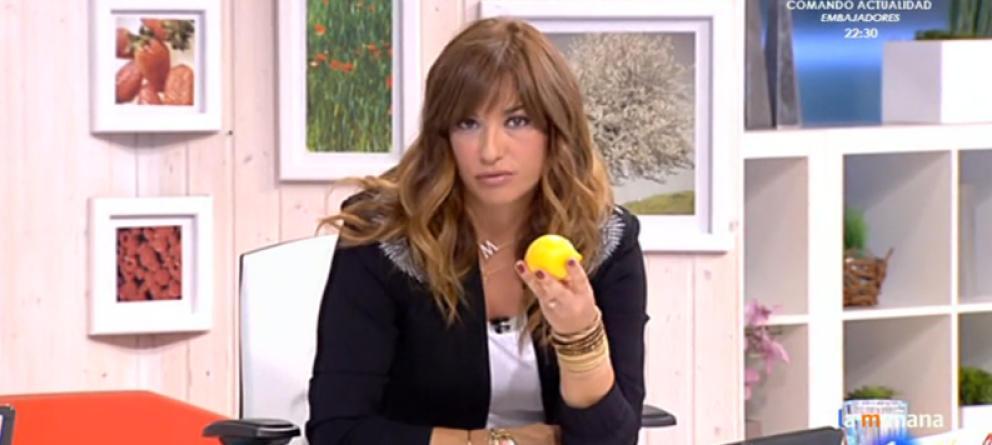 TVE, tenemos un problema: Mariló Montero se reafirma en que oler un limón previene el cáncer. http://t.co/A5nRfGkVMc http://t.co/15jRijG370