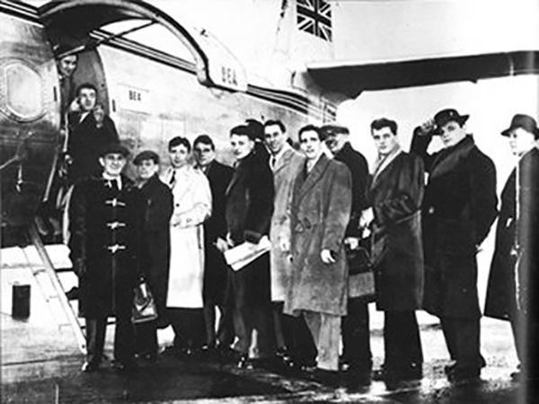FdF Dopo match in C. dei Campioni v Stella Rossa Belgrado il Manchester aveva noleggiato questo aereo: l'Elizabethan, http://t.co/onvscDu0RR
