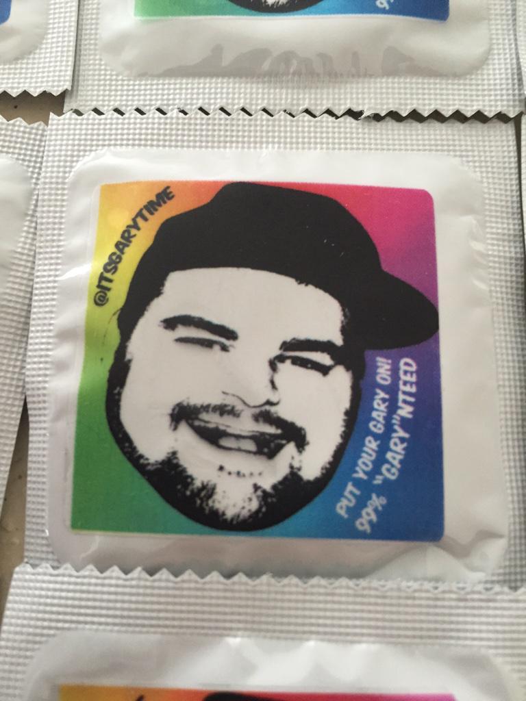 Revealing my Condoms! http://t.co/jR6rOQMRu2
