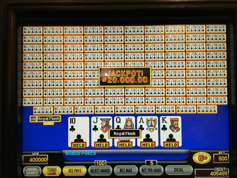 What a Hit! Red Rock Guest hits dealt Royal for $20,000. #StationsWinner http://t.co/JRPpgH5Lv3
