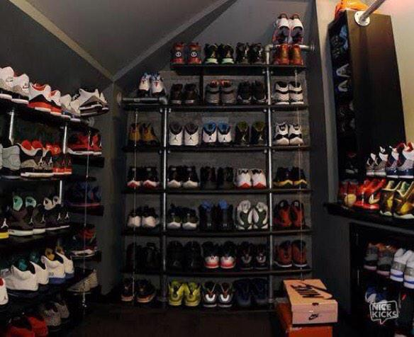Zach Myers On Twitter HA This Is Actually My Closet RT