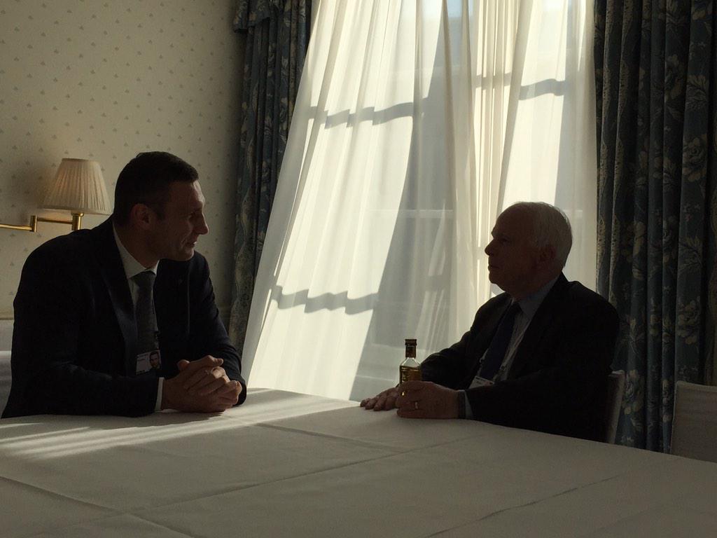 Маккейн: Я хотел бы спросить Меркель, сколько еще людей должно погибнуть в Украине, чтобы вы помогли им защитить себя? - Цензор.НЕТ 3379