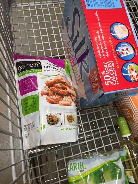 Awesome, @costco is selling @gardein again! http://t.co/7TdJsHNy3s