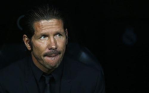 أما اكتفيت ..! ألم ينتهي ثأرك بعد .. متى توقف كل هذه الدماء ماذا تريد أكثر من ريال مدريد ؟ أريد كليب حيا