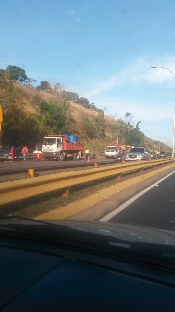 problema migratorio en Venezuela B9RWW3hIEAAOIUT