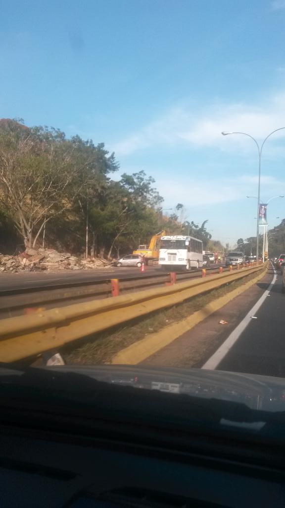 problema migratorio en Venezuela B9RWaFWIQAEkqH4
