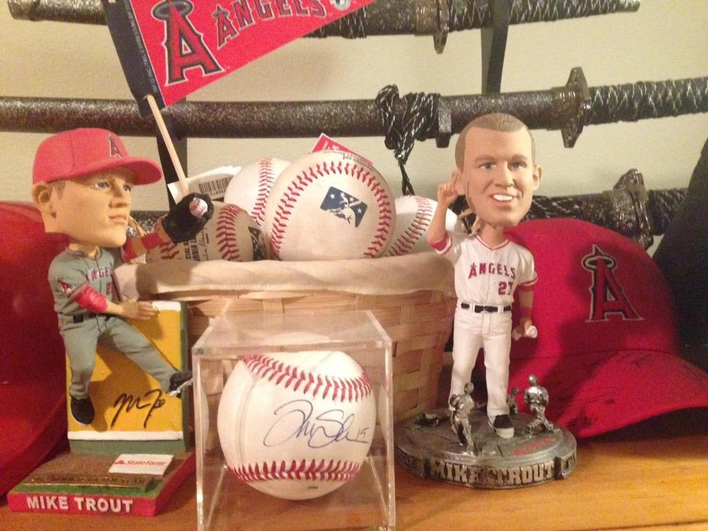 #MikeTrout #FaceofMLB http://t.co/ZjOvxXBEB5