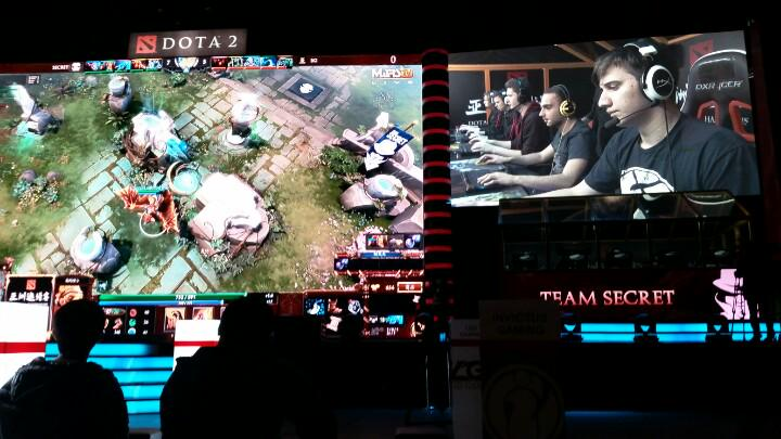 Watching #Dota from China with stage floor seating at #DAC!? @TeamSecretDOTA2 vs BIG GOD! #DreamsComeTrue http://t.co/oeElh1SyC9