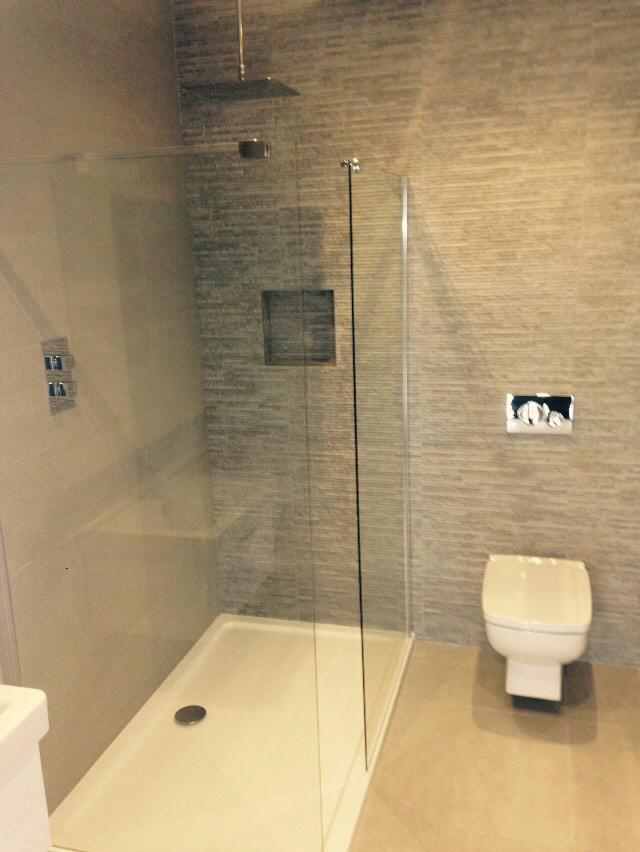 Marvelous New Bathroom Finished In Room 2 At The Manor Inn, Ditcheat.  #bowenbathroomspic.twitter.com/6ljxJELeqC
