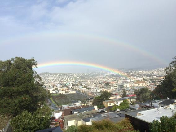 Double rainbow over San Francisco! http://t.co/r0eNuzNEHO
