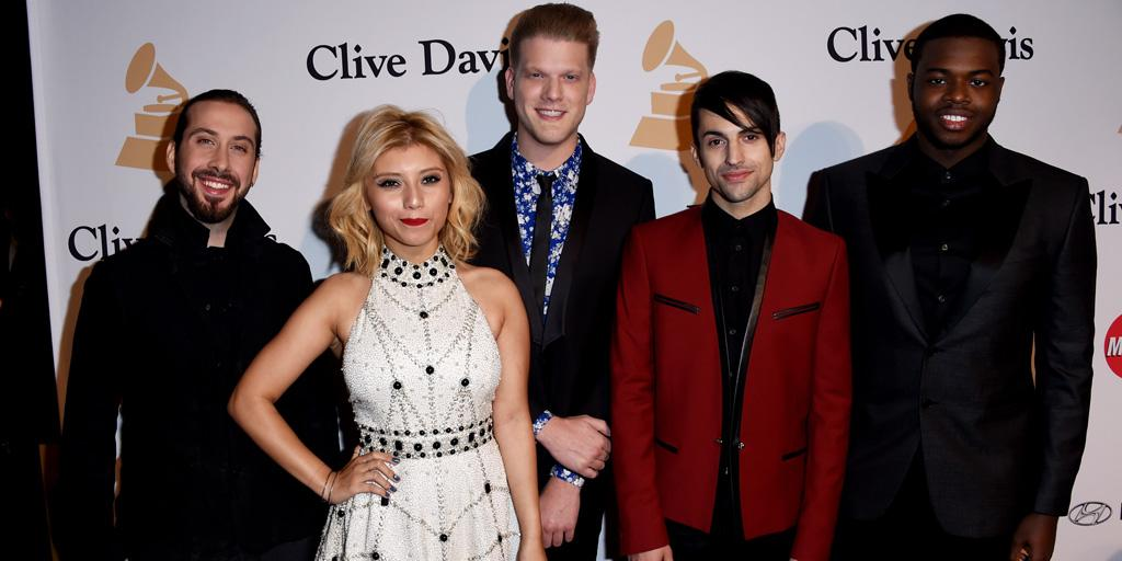 Pentatonix (@PTXofficial) Win Their First Grammy! http://t.co/3pFBRuAfbR @PTXINDO @ptxnewsandstuff http://t.co/VFsHJg3Qmj
