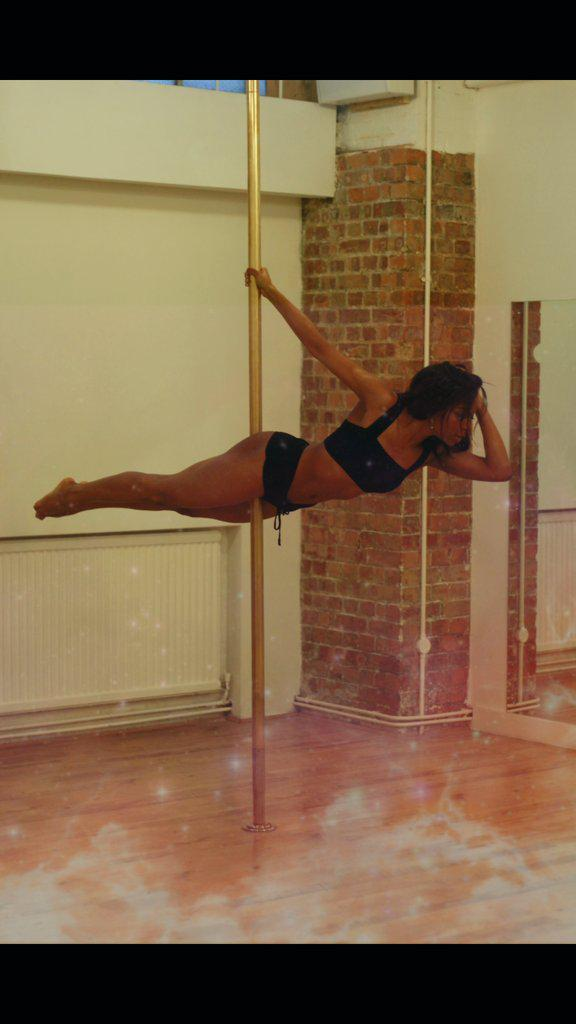 February 19th❤ New pole season❤ Email luciousxviii@gmail.com for more info on classes/parties/shoots http://t.co/kGKdXw7PrA