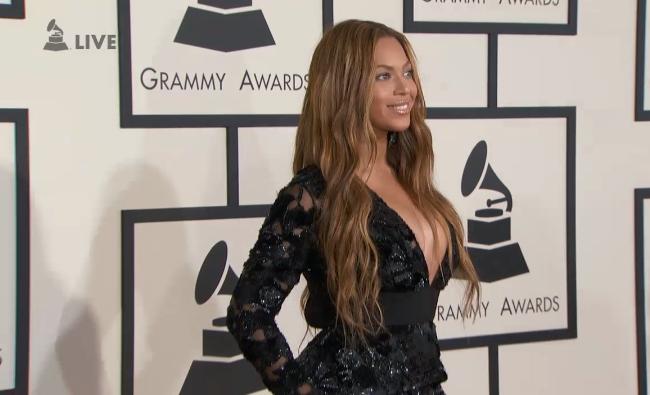 The Grammys 2015 - BEYONCÉ 6 Nomin/3 Prem. (Most Nominated Woman EVER & 2º Most Awarded Grammy Female EVER) - Página 12 B9XQFBICcAAb4Gv