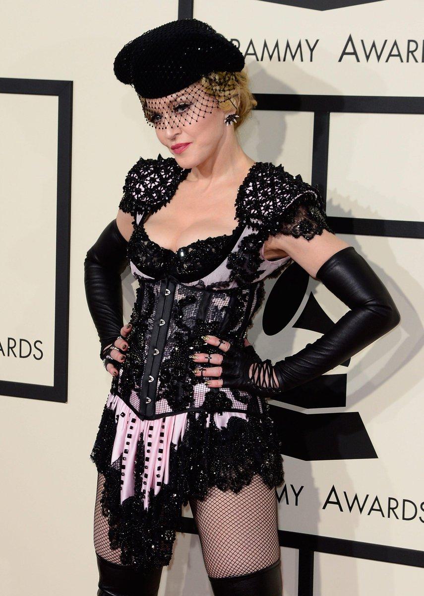 Hey Madonna http://t.co/CvZWugEoWP http://t.co/Mdqe9kZ4j0